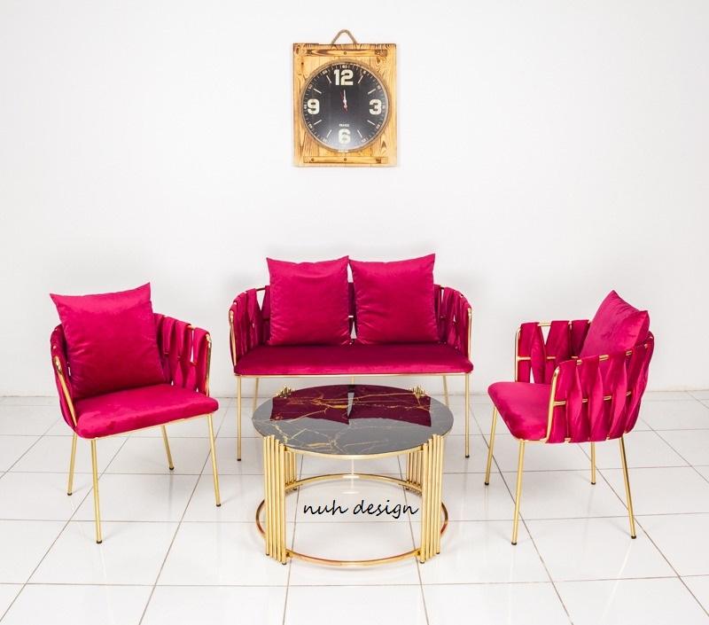 Mekanlarınıza uygun özel ölçüde Cafe loca sedir koltuk siparişleri alınır.İstediğiniz ölçüde kaliteli,sağlam,lüks Cafe loca sedir koltuk modelleri yapılır.