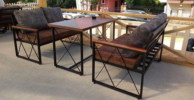 İmalatçı firmamız Restaurant masa kotuk sedir modellerini mekanlarınıza özel kaliteli malzemelerle üretmekteyiz.